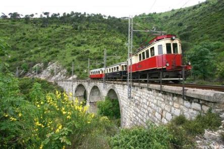 Ferrovia Genova – Casella: variazioni al servizio dal 14 novembre